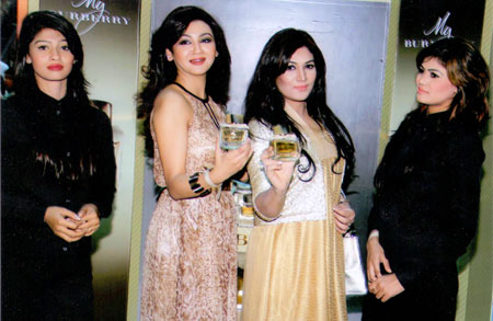 Vasavi fashion house in bangladesh 68