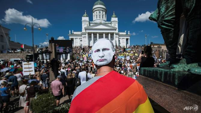 More than 2,000 people denounced attacks on human rights, press freedom and dissent in Helsinki. (Photo: AFP/Jonathan Nackstrand)