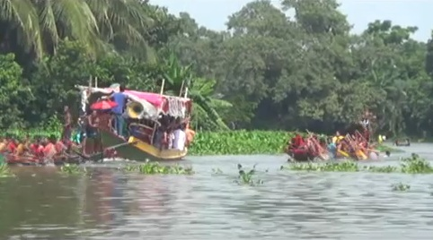 Traditional boat race in Chitra River held