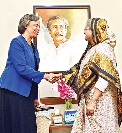 US Ambassador in Dhaka Marcia Bernicat calls on Prime Minister Sheikh Hasina at Ganabhaban in the capital on Tuesday. 	photo : BSS