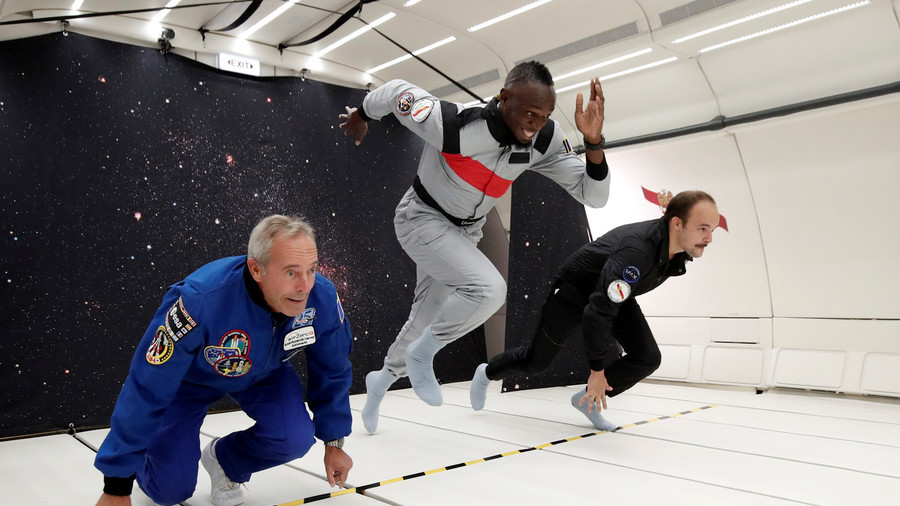 Usain Bolt sprints to victory in zero gravity