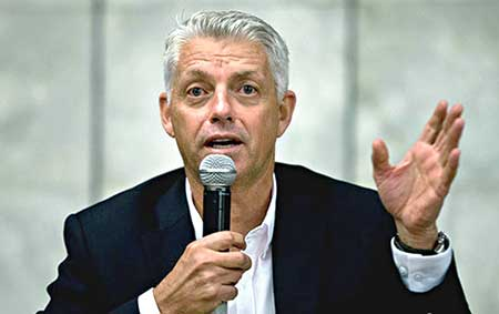 CEO of the ICC David Richardson
