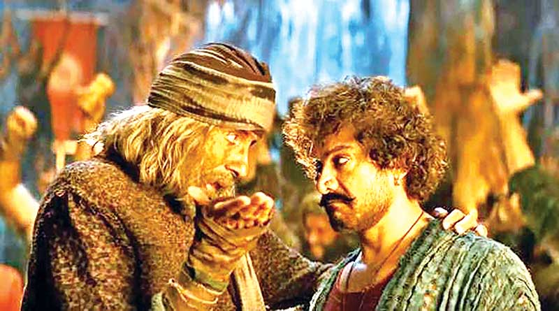 Amitabh Bachchan and Aamir Khan in a scene from the film